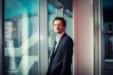 Portretfoto Peter van Traa, TivoliVredenburg door Juri Hiensch