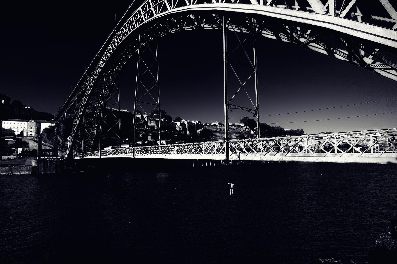 Porto Ponte Luís door Juri Hiensch